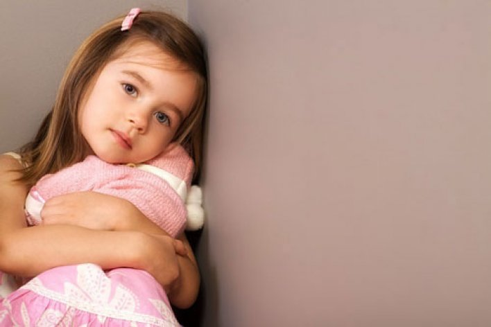 4 Dấu Hiệu Con Chậm Phát Triển Trí Não Mẹ Cần Lưu Ý