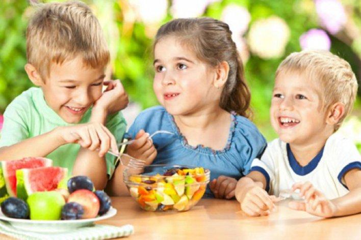 6 Loại Trái Cây Tốt Nhất Giúp Bé Phát Triển Chiều Cao