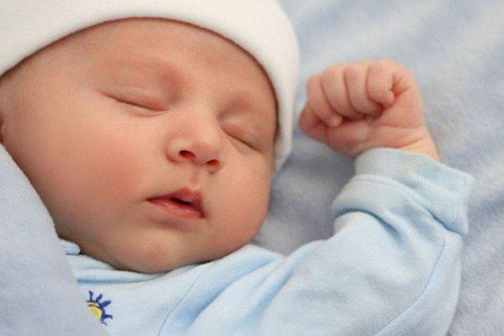 Lỗi Ba Mẹ Thường Mắc Phải Khi Cho Bé Ngủ