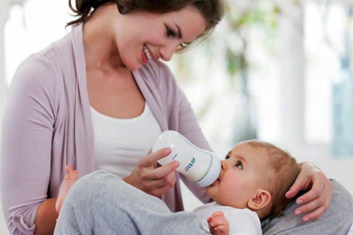 Hướng Dẫn Vắt Sữa Mẹ Bằng Tay Và Cách Bảo Quản Sữa Mẹ