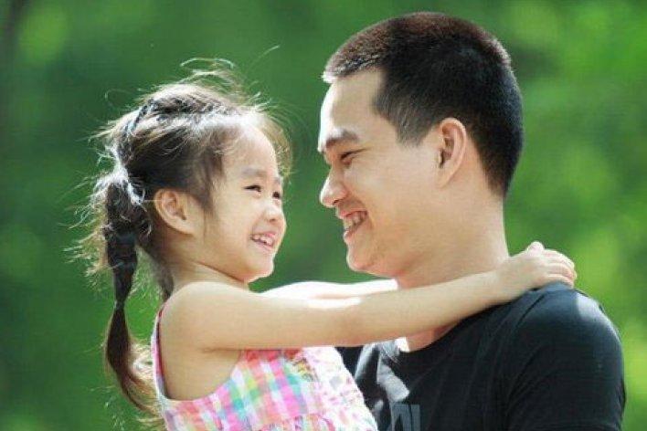 Trẻ Có Thông Minh Lanh Lẹ Hay Không Là Ở Sự Quan Tâm Của Bố