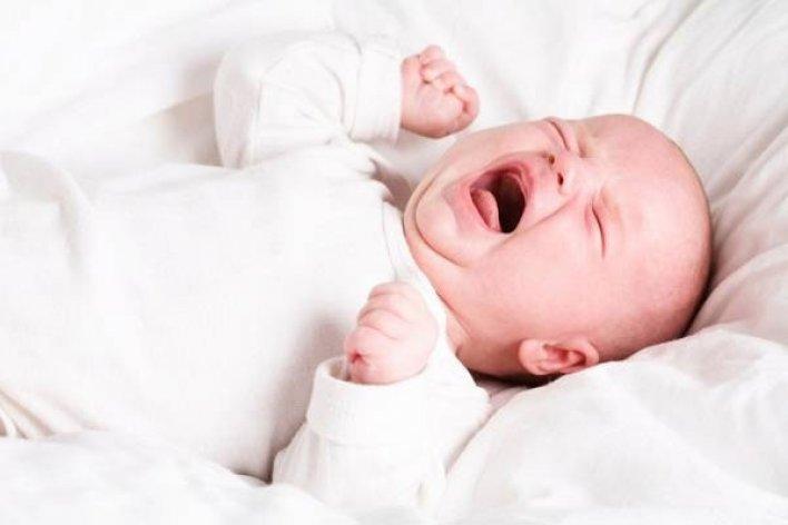 Trẻ Sơ Sinh Không Giật Mình Có Nguy Cơ Bị Điếc