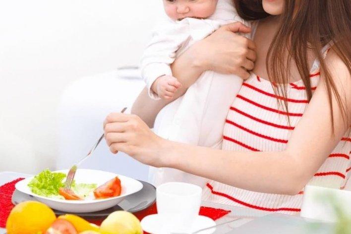 Mẹ Sau Sinh Nên Ăn Gì Để Tốt Cho Mẹ Và Bé