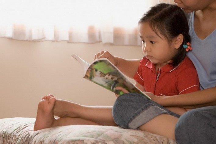 Mách Mẹ Bí Quyết Để Bé Thích Đọc Sách