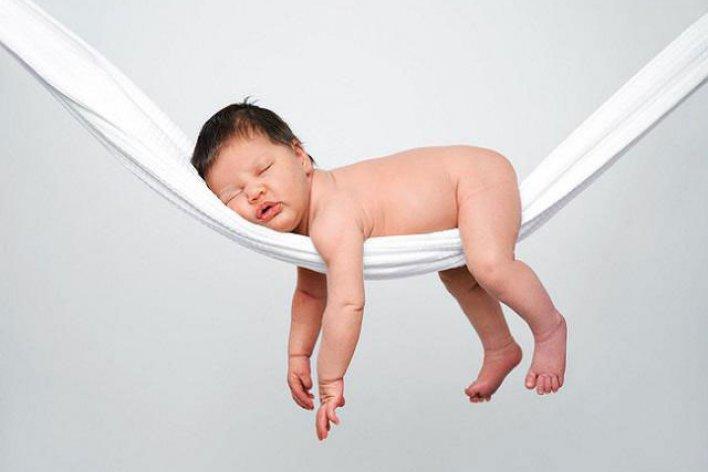 Trẻ Sơ Sinh Ngủ Nhiều Quá Có Tốt Không